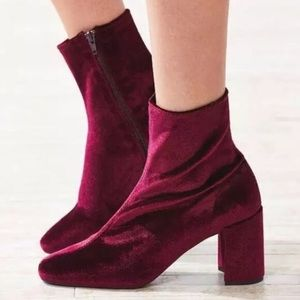 Jeffrey Campbell cienega lo ankle booties 9.5